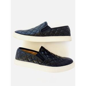 Brash Shoes - Black Quilted Slip-On Sneakers